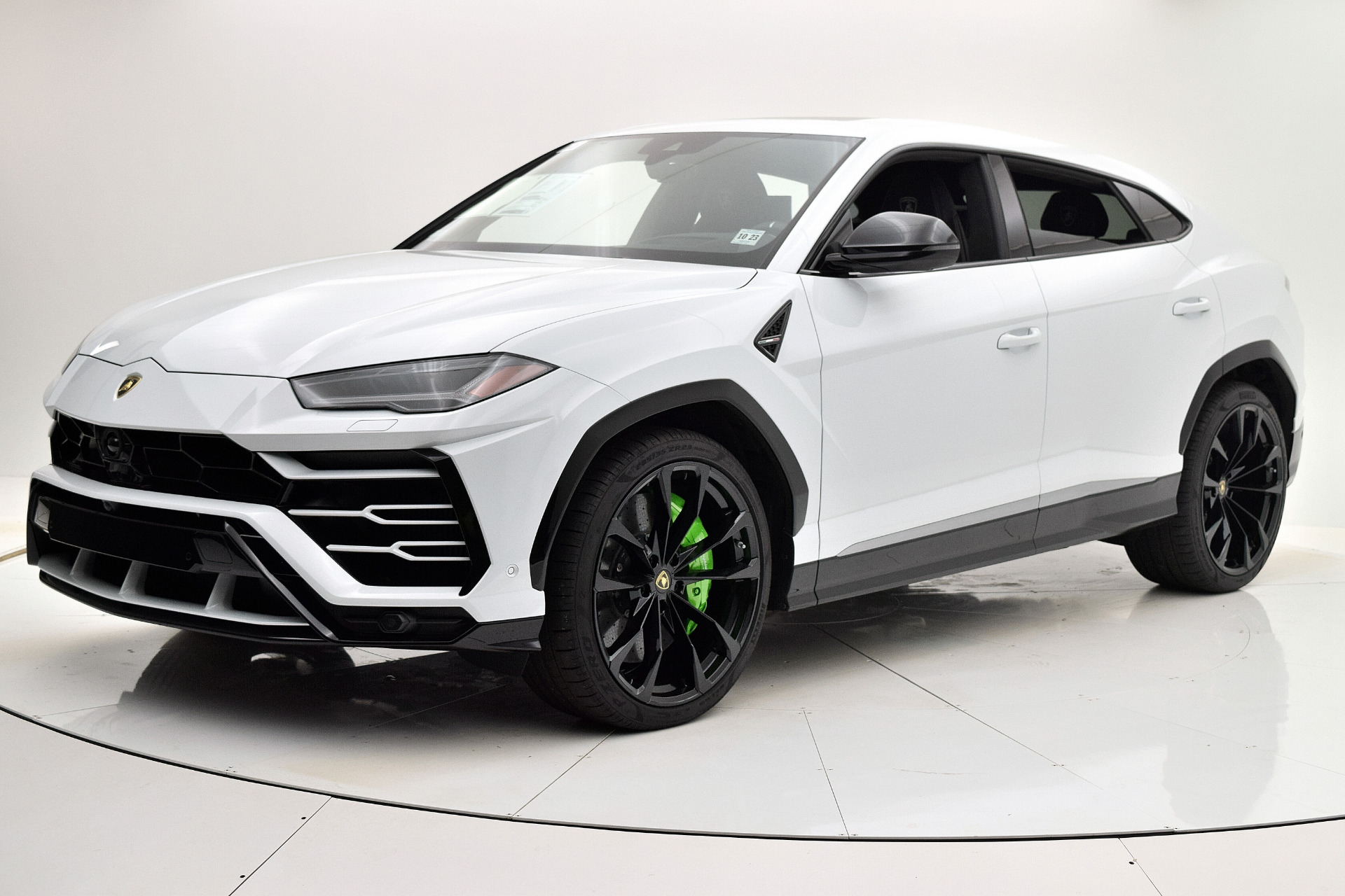 Carfax Report Cost >> Used 2019 Lamborghini Urus For Sale | F.C. Kerbeck Rolls