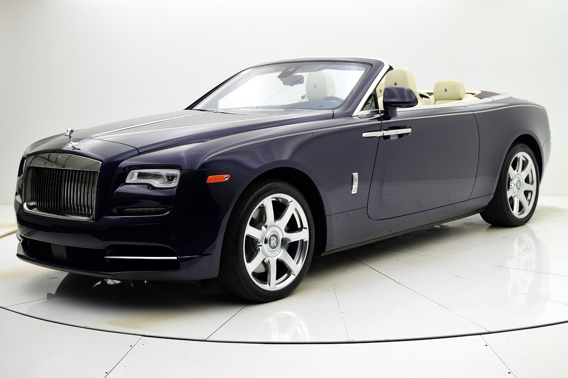 Used 2016 Rolls-Royce Dawn for sale $255,880 at F.C. Kerbeck Rolls-Royce in Palmyra NJ 08065 2