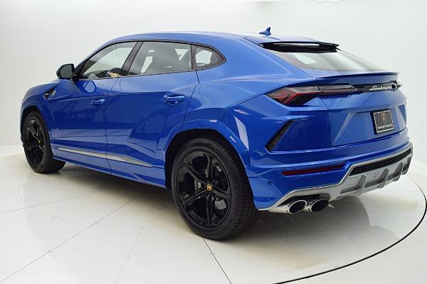 Used 2020 Lamborghini Urus BASE for sale $279,880 at F.C. Kerbeck Rolls-Royce in Palmyra NJ 08065 4
