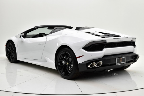 Used 2018 Lamborghini Huracan LP580-2 Spyder for sale $229,880 at F.C. Kerbeck Rolls-Royce in Palmyra NJ 08065 4