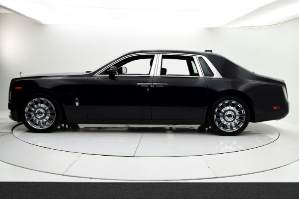 New 2019 Rolls-Royce Phantom for sale $495,675 at F.C. Kerbeck Rolls-Royce in Palmyra NJ 08065 3
